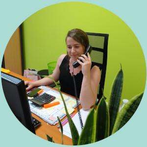 Un pôle administratif disponible pour répondre à vos demandes concernants nos prestations et équipements hydrauliques