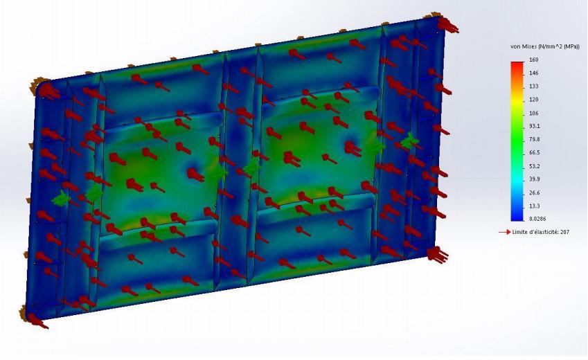 exemple de simulation de la pression hydraulique sur un clapet d'extrémité carré: qualification du battant sous une charge hydrostatique de 6 MCE