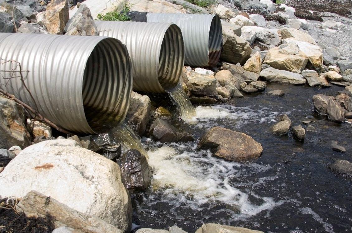 pollution industrielle des eaux